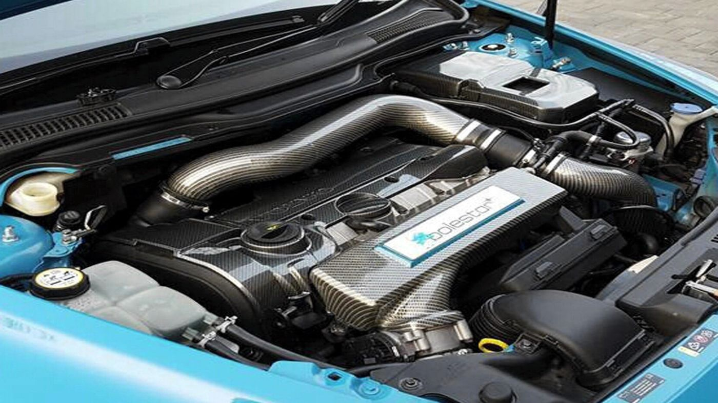 Volvo Engine Covers And Parts - Hydro dipped with Carbon Fibre finish