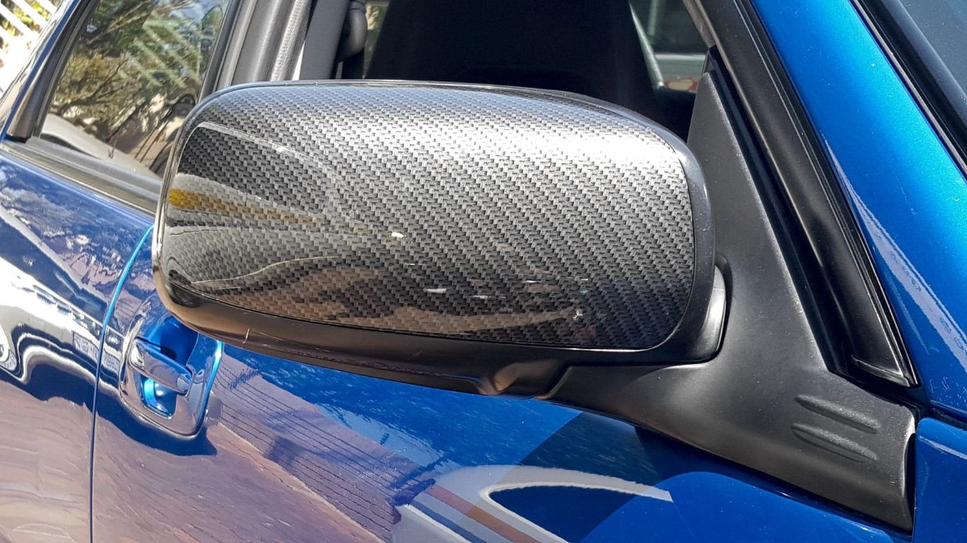 Subaru Side Mirror - Hydro dipped with Silver Carbon Fibre finish